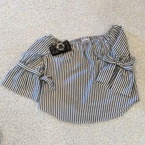 New York & Co. Black & White Stripe Size Large